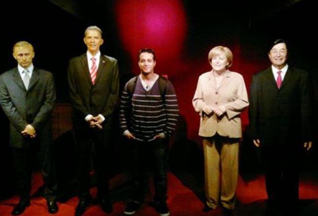 أنحيلا ميركل ، باراك اوباما ، بوتن ، وانا