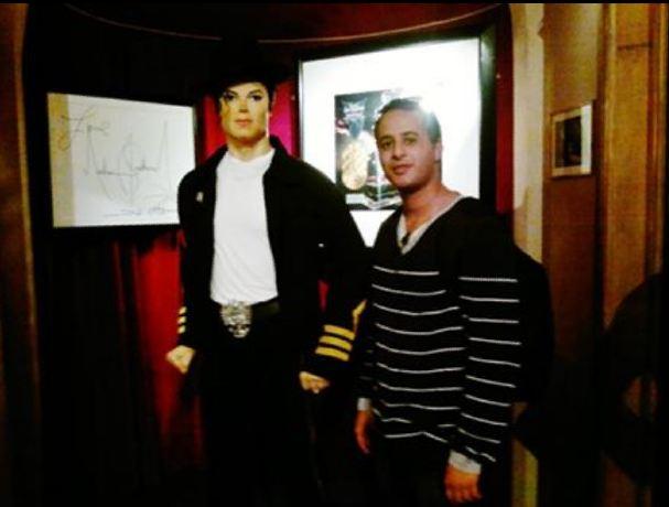 انا ومايكل جاكسون